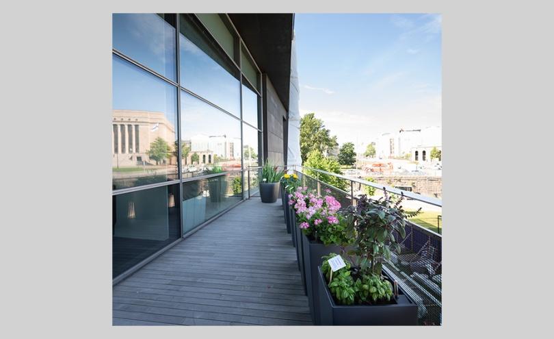 paintings, book, plants) on the terrace of the Museum of Contemporary Art of Kiasma Photo: Finnish National Gallery / Pirje Mykkänen